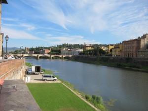Fluss Arno Florenz (c) weltvermessen.de